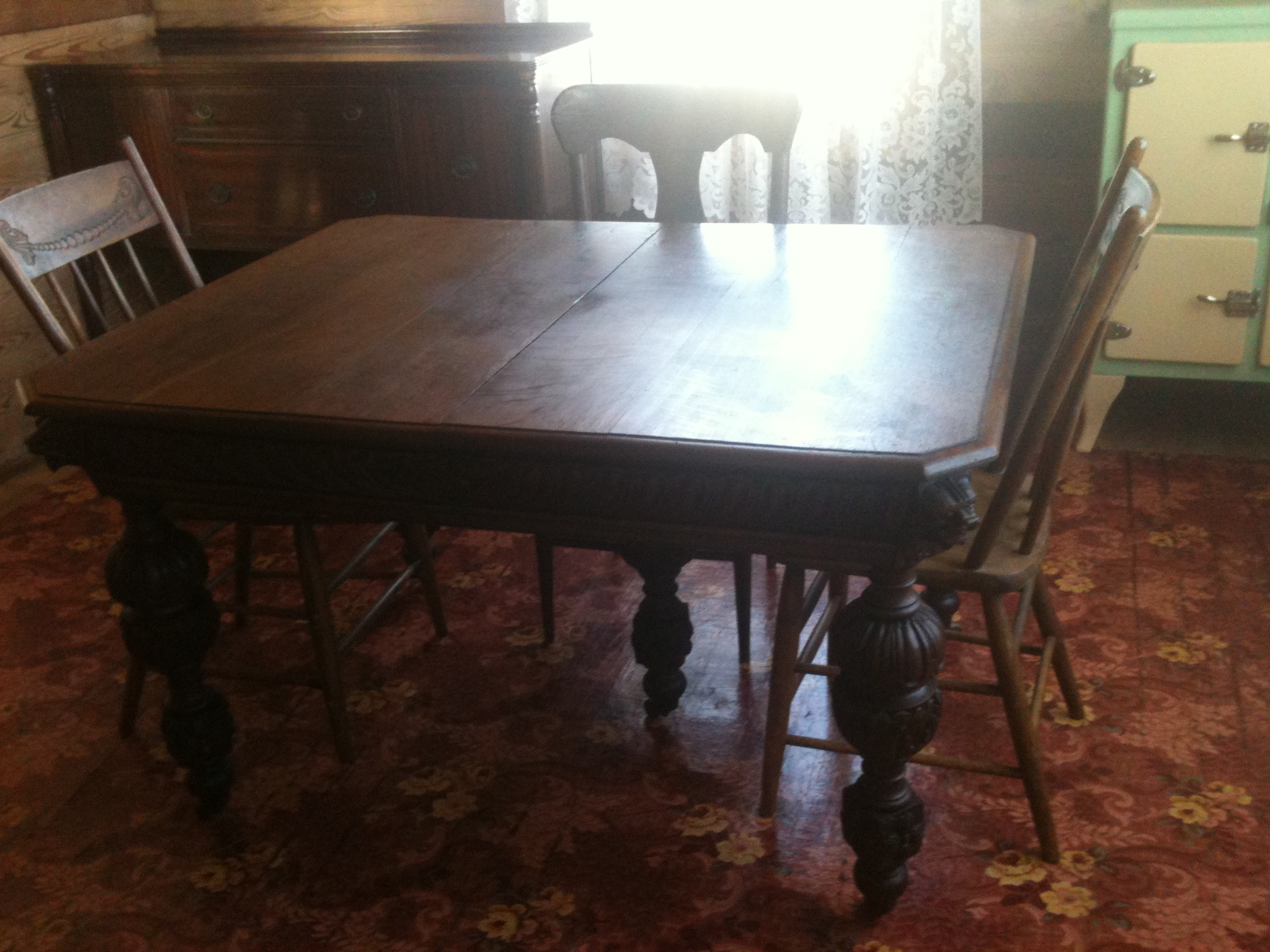 Johnny Cash Boyhood Home dining room table