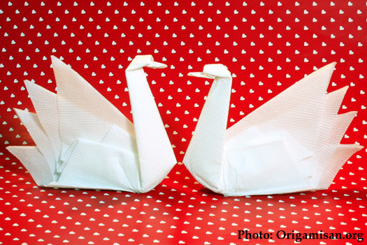 Romantic napkin folding ideas letters from eurolux for Origami swan folding instructions