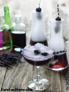 blackberry-mr-hyde-cocktail-elegant-halloween