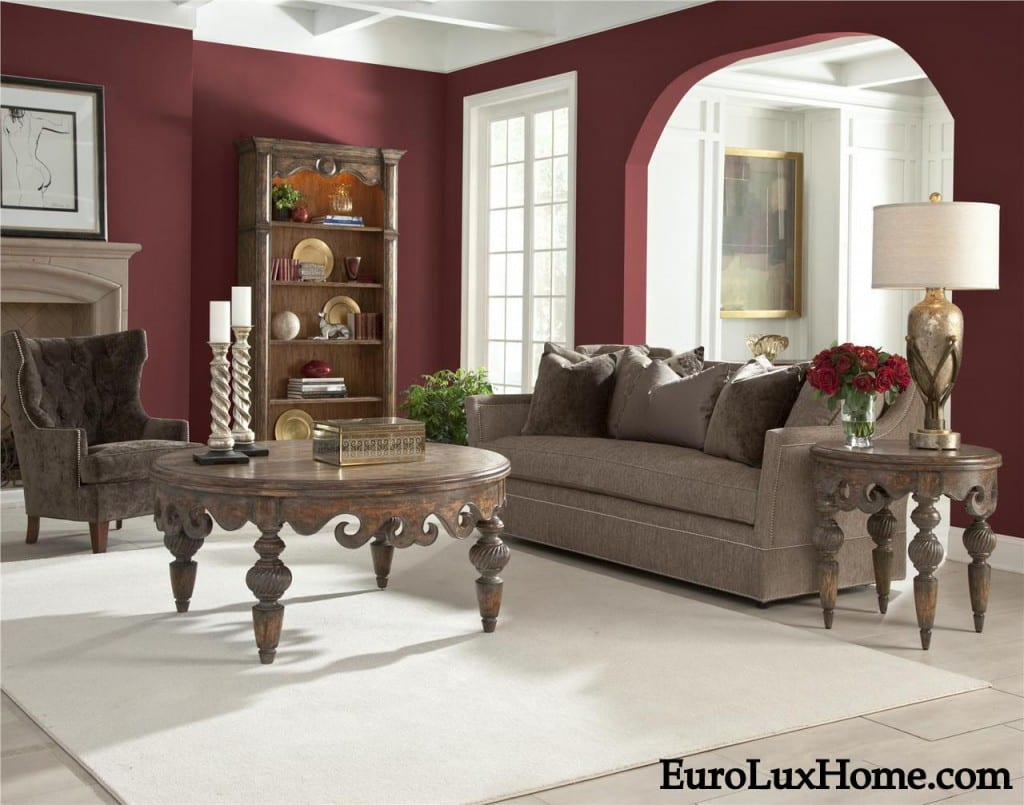 Red Colour Wall: Red Wine Colored Decor