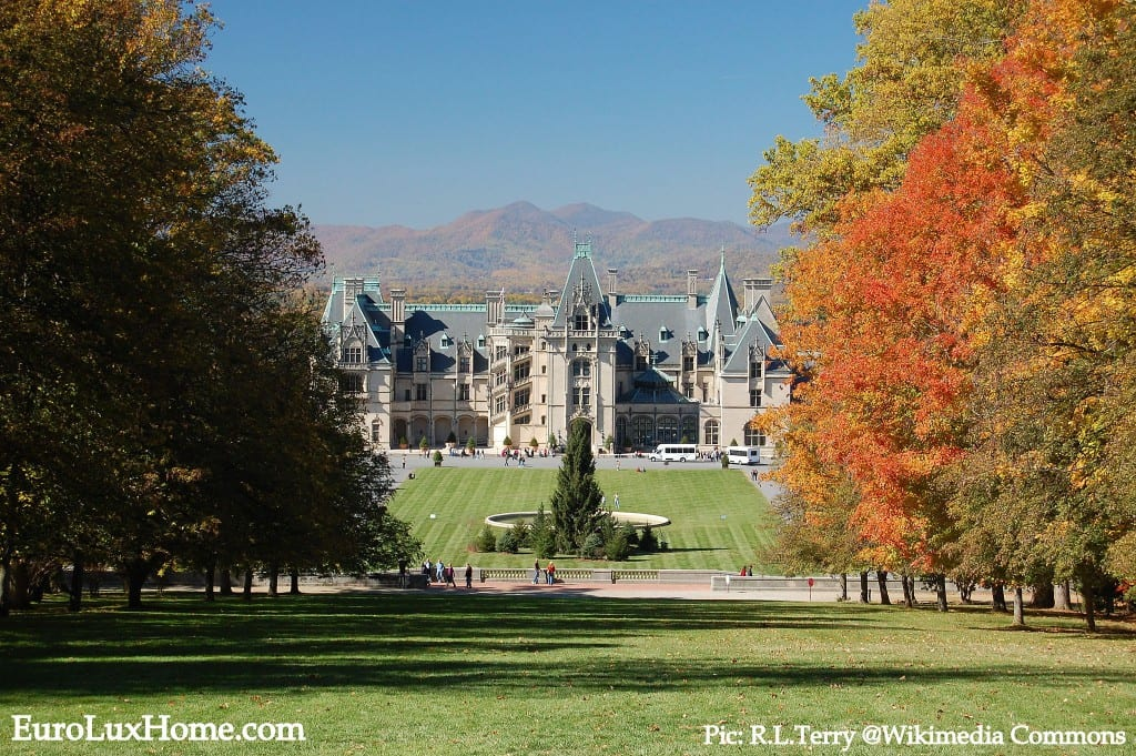 Biltmore_House_in_the_Fall