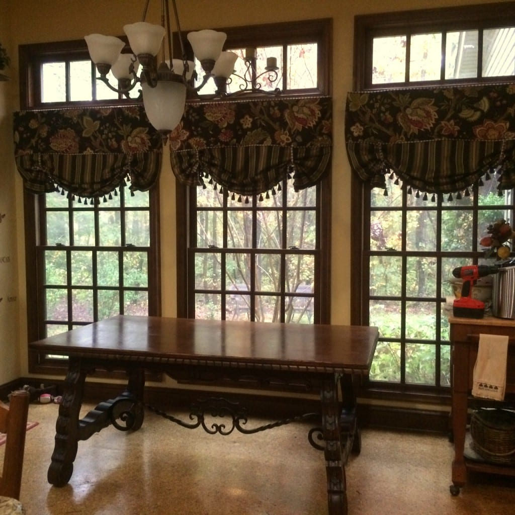 Vintage Renaissance Table in Dining Room