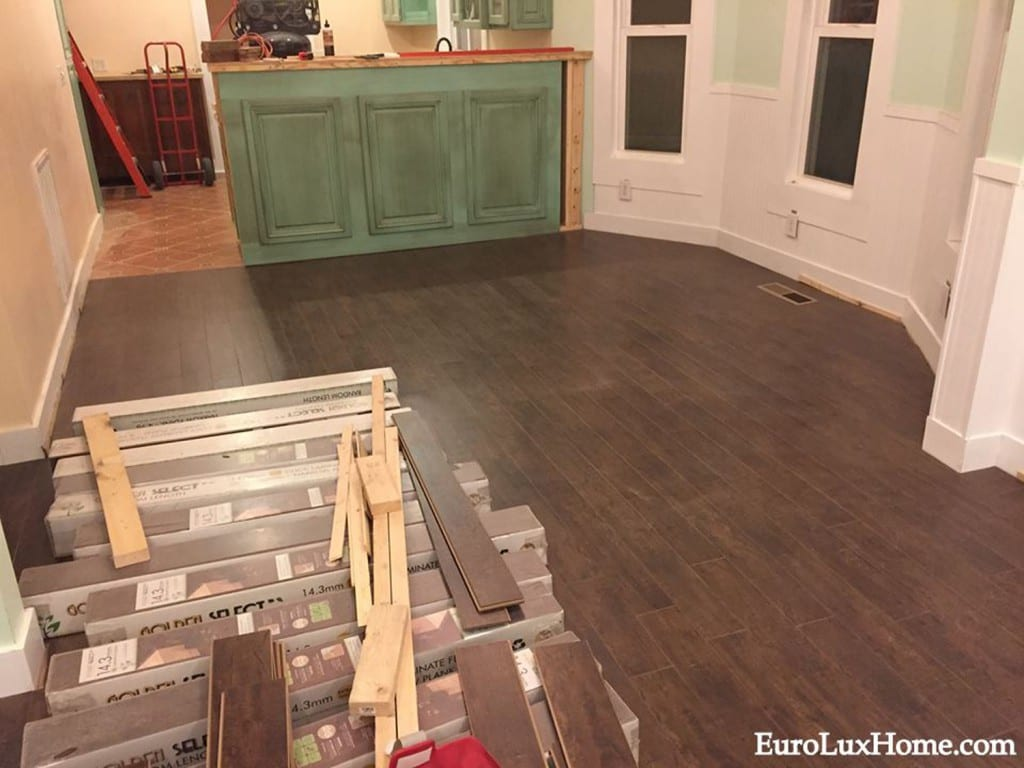 Laminate floor DiningRoom