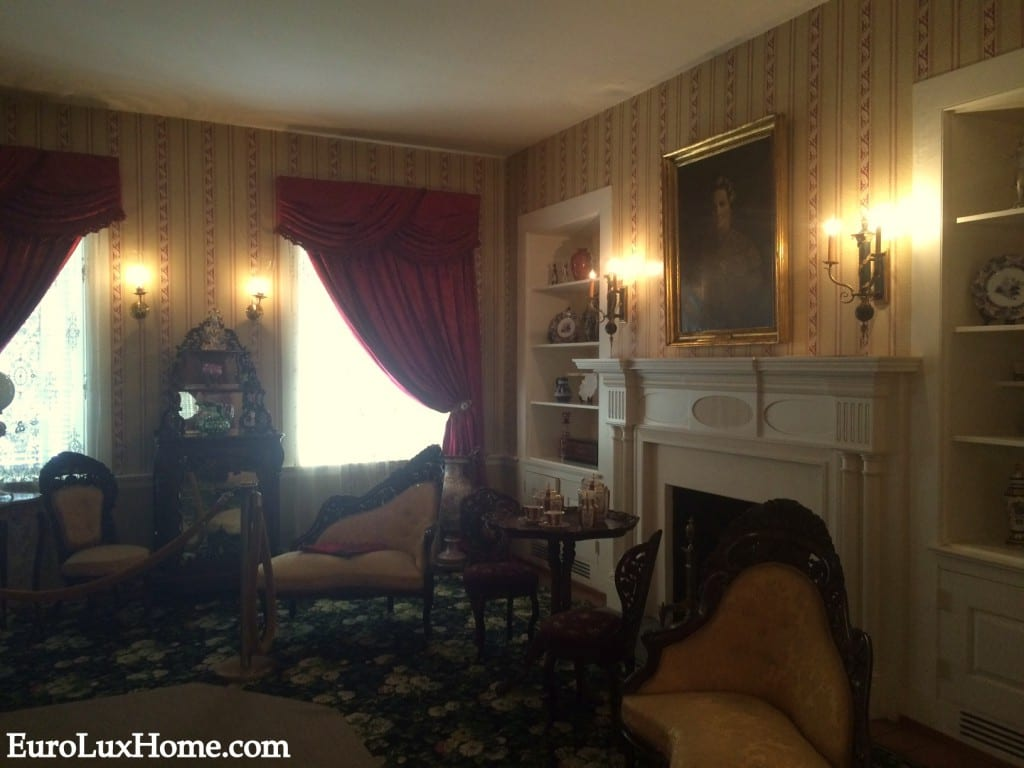Mary Todd Lincoln Home parlor