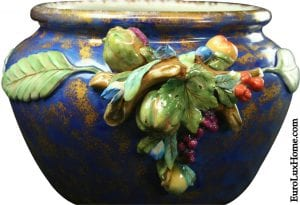 Italian Majolica ceramic bowl fruit and grapes